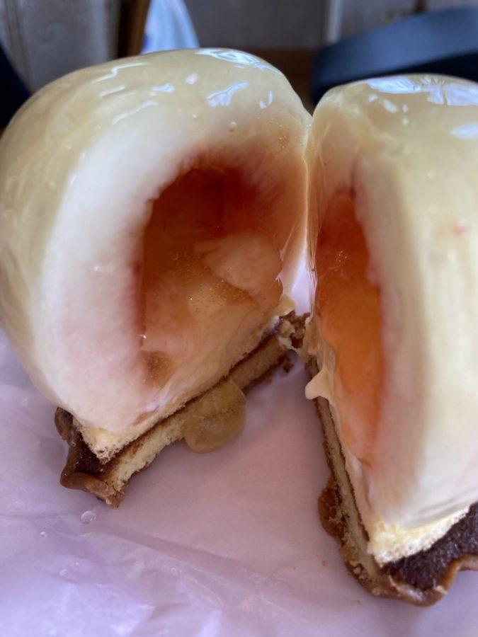 若松園マロニエさんの夏の定番 桃のデザート